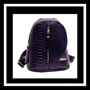 Bags - Last 1 Super cute black mini backpack